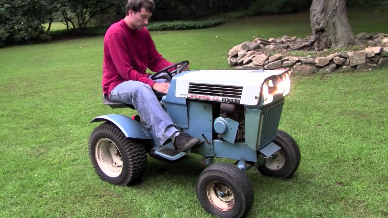 Sears Super 12 Garden Tractor : Finally uncovering and starting the sears super