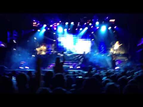 Shinedown I follow you down live in Kansas City