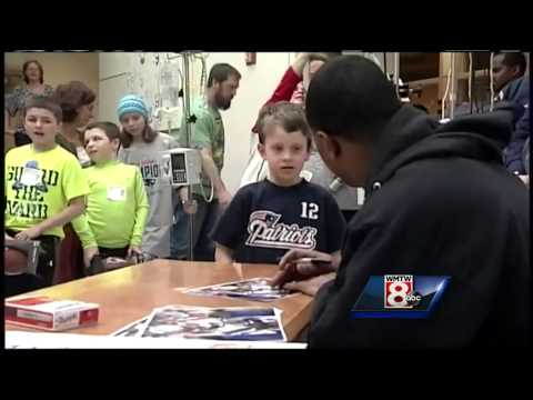 Patriot Malcolm Butler stops by the Barbara Bush Children's Hospital