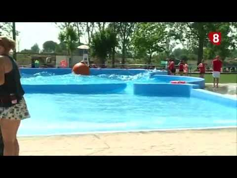 Repor inauguraci n piscinas en valencia de don juan 18 8 for Piscina juan de toledo