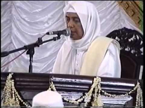 K.h. Ahmad Asrori Al Ishaqi Ra Di Unisda Lamongan 2005 (1) video