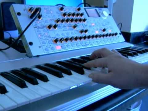 Korg Radias emulates the phased strings of the Eminent 310U - Equinoxe part 2