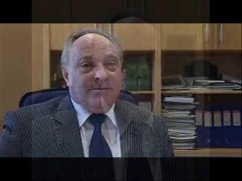 Tajemník magistrátu ČB Řeřábek volá na linku 158