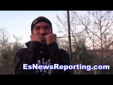 Mayweather vs Pacquiao When You Sparr Manny Pacquiao There Are Three Of Him In RIng - EsNews