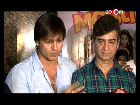 Vivek Oberoi Troubles A Theater Owner While Promoting Grand Masti video