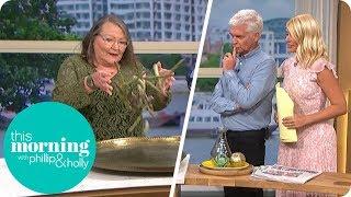Woman Predicts Royal Birth With Asparagus | This Morning