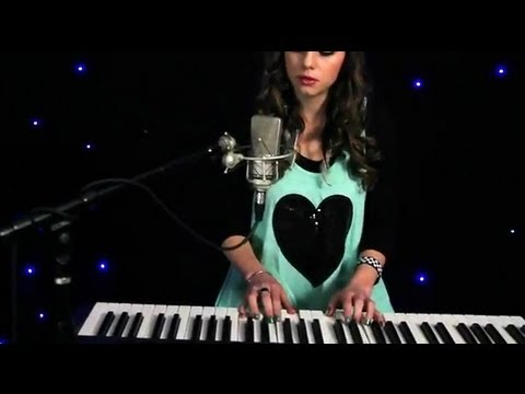 Listen To Your Heart - Roxette / DHT Version (Cover by Tiffany Alvord)