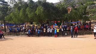 trò chơi bịt mắt đập nêu hội trại 26-3 trường PTDT BT THCS Trà Nham