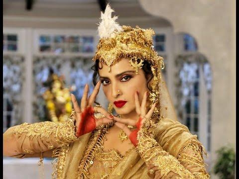 Rekha Does A Madhubala In Super Nani video