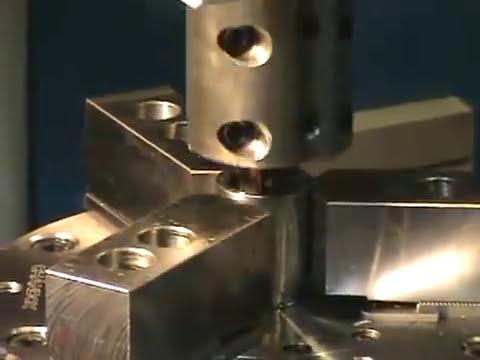 Chaveteira vertical Clark CNC 300