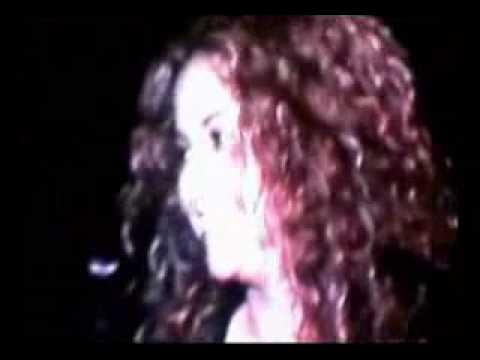 videoclip de shakira hips dont lie: