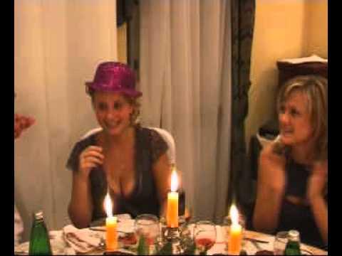 Нарезка для женщин для конкурса шляпа