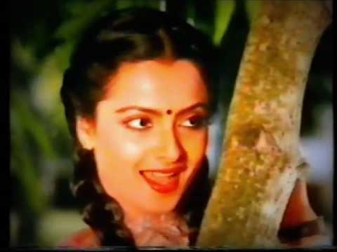 Asha Bhosle & Kishore Kumar - Aankh Milti Hai To - Mehndi Rang Laayegi video