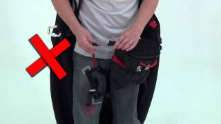 Harness X Light T-clip Leg conection reminder - SOL Paragliders