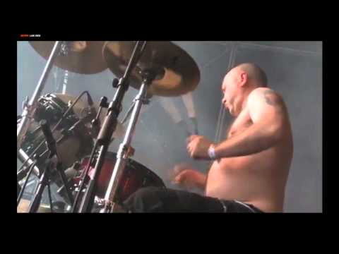 The Exploited - Holiday In The Sun [Live Hellfest 2011]