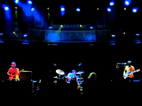 THROWING MUSES - LIVE @  PARADISO - AMSTERDAM (NL) - 24.10.2011- PART 2
