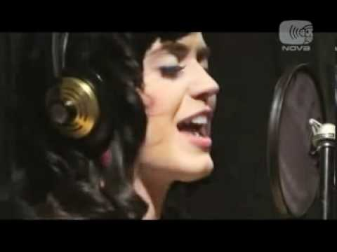 Katy Perry - Hot N' Cold (acoustic) video
