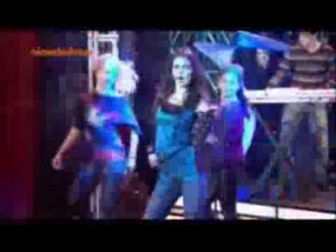 Victoria Justice-Beggin on your knees (from Victorious)