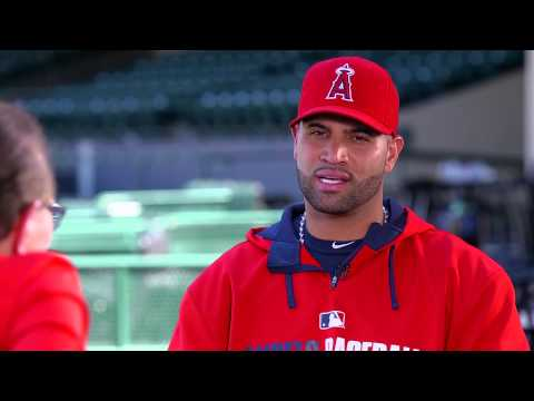 Albert Pujols On Derek Jeter's Retirement | Albert Pujols | Larry King Now - Ora TV