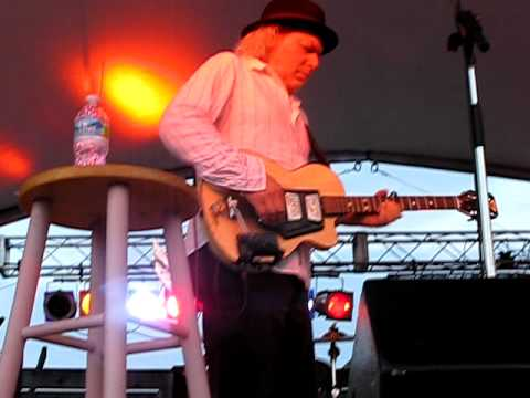 Somewhere Trouble Don't Go- Buddy Miller Patty Griffin in Richmond 2010