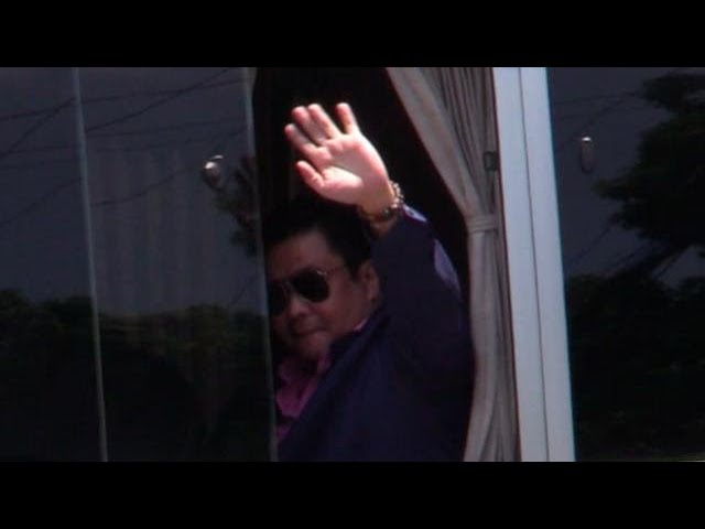 After 3 years in jail, Jinggoy Estrada walks free