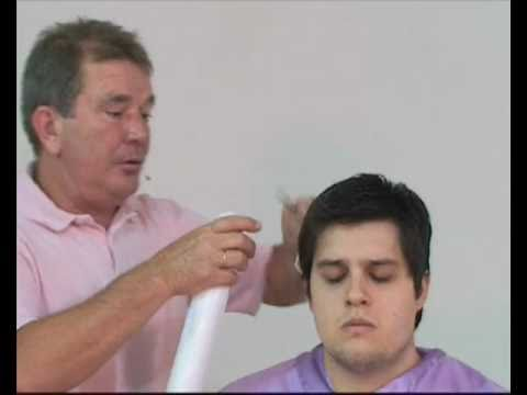 curso de corte de cabelos masculinos com tesoura dentada..mp4 Music Videos