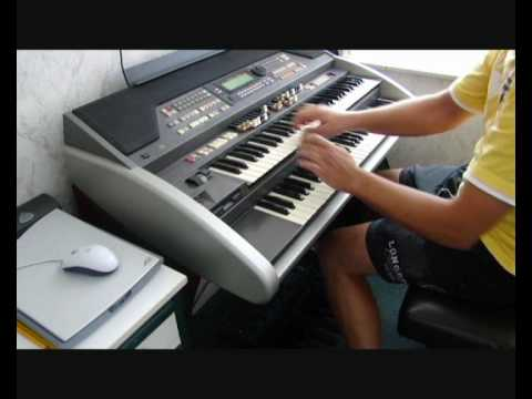 Summertime on the Hammond XE-2