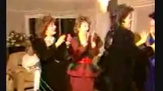 والله تعرف ترقص بنت صدام حسين فارس الامة
