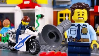 LEGO Police Car Chase STOP MOTION LEGO Police School: Catch The Crooks  | LEGO City | Billy Bricks