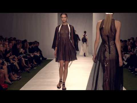 Marios Schwab SS14 – Live from the Topshop Showspace