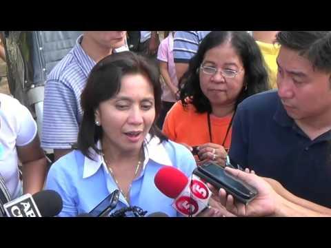 Roxas, Robredo visit  typhoon-hit Nueva Ecija