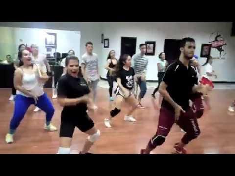 SOY YO · BOMBA ESTÉREO · Forma y Figura Escuela de Danza