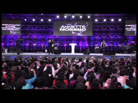 Annette Moreno En La Iglesia Cristiana Manantial De Vida Eterna