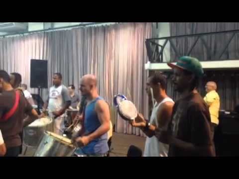 Ensaio Do Monobloco E Orquestra Petrobras Sinfônica - Baile De Carnaval video