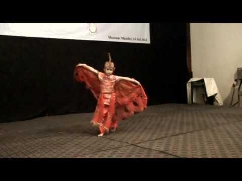 Tari Merak (peacock Dance) - Jelita Salsa Billa video