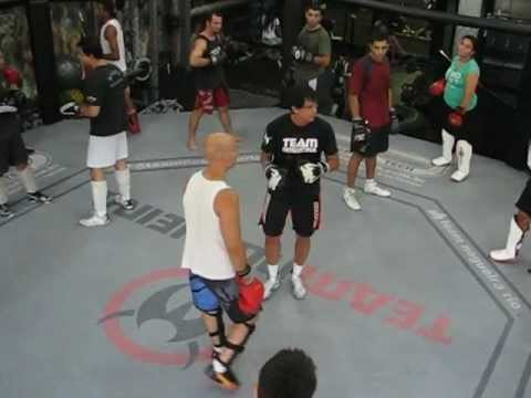 TREINO DE SAVATE/MMA NA TEAM NOGUEIRA COM O PRESIDENTE DA CONF. BRAS. DE SAVATE - ERIC LOBO! Image 1