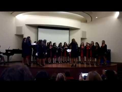 Coro femenino Colegio Domingo Zipoli  Presentación UCC 18 de Junio de 2014