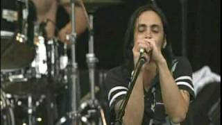 Watch Nuno Bettencourt Megaton video
