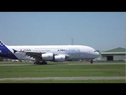 Paris Air Show 2011 (movies)
