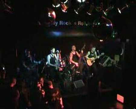 Live at the Stone im Ratinger Hof, Duesseldorf / Germany from their show at the 09. November 2007 with the Frantic Flintstones.