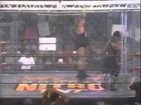 The Giant vs  The Ultimate Warrior Steel Cage Match   9 7 98   YouTube