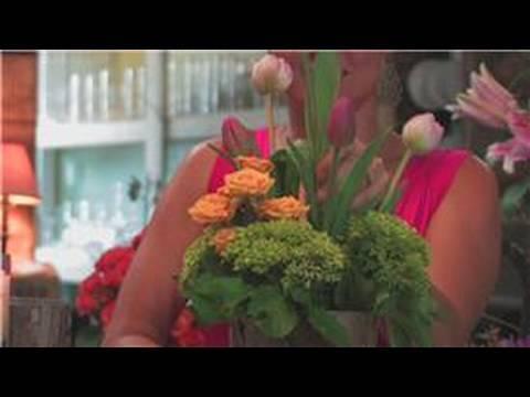 Wedding Floral Arrangements : How to Make Spring Flower Arrangements