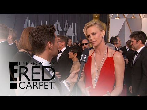 """Charlize Theron Talks """"Mad Max"""" Haircut at Oscars 2016   Live from the Red Carpet   E! News"""