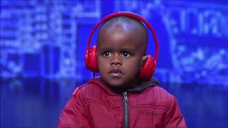 3 YEAR OLD DJ PLAYS MANS NOT HOT ON SOUTH AFRICA