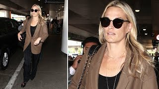 Towering Actress Molly Sims Returns To LA
