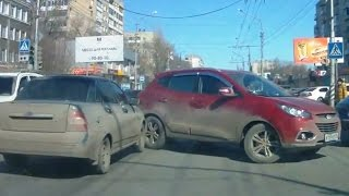Fail Compilation of Driving in Russia April 2015 #1
