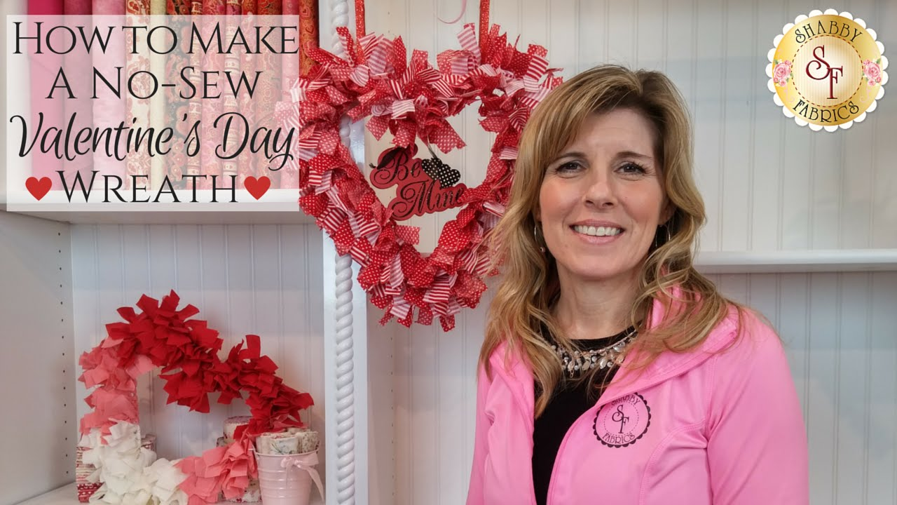 how to make a no sew valentine 39 s day wreath shabby fabrics youtube. Black Bedroom Furniture Sets. Home Design Ideas