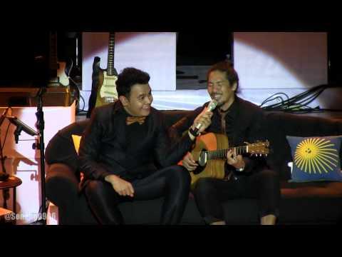 Tulus ft. Hiroaki Kato - Sepatu (Japanese Version) @ Konser Gajah Tulus [HD]