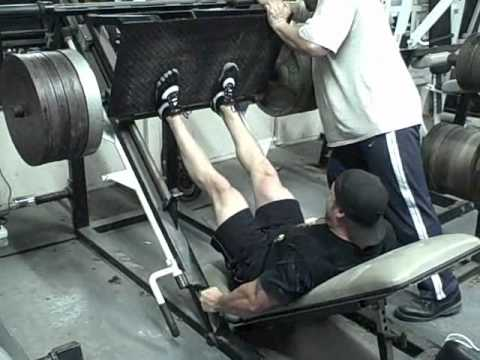 1,000lbs Leg Press, 3-25lbs plate per hand pinch Farmers Walk. Image 1