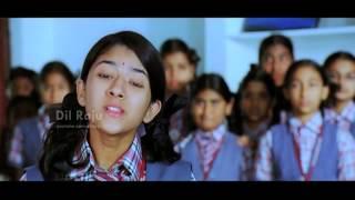 SVSC Dil Raju - Tuneega Tuneega Scenes - Young Rhea going off to the US